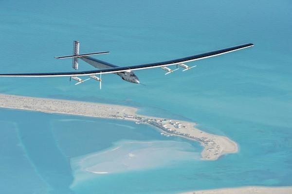 Solar Impulse 2 riparte per il giro del mondo