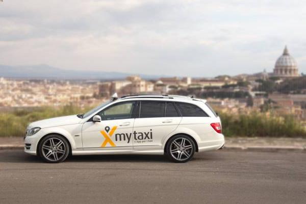 MyTaxi, app che prenota le corse con un tap arriva a Roma