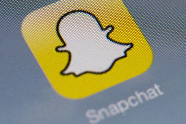 SnapChat supera Facebook, boom di visualizzazioni