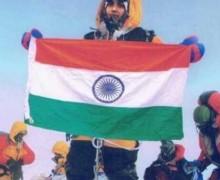 Scalano l'Everest, ma solo con il Photoshop