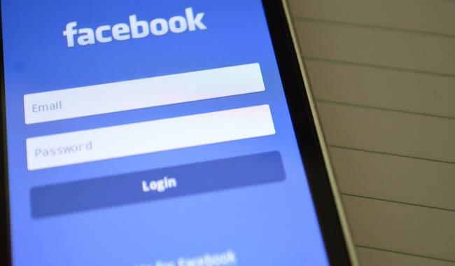 Facebook, i giovani americani prediligono altri social