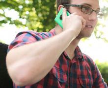 Smartphone, come e perché possono provocare il cancro