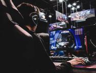 Che caratteristiche deve avere un monitor per giocare?